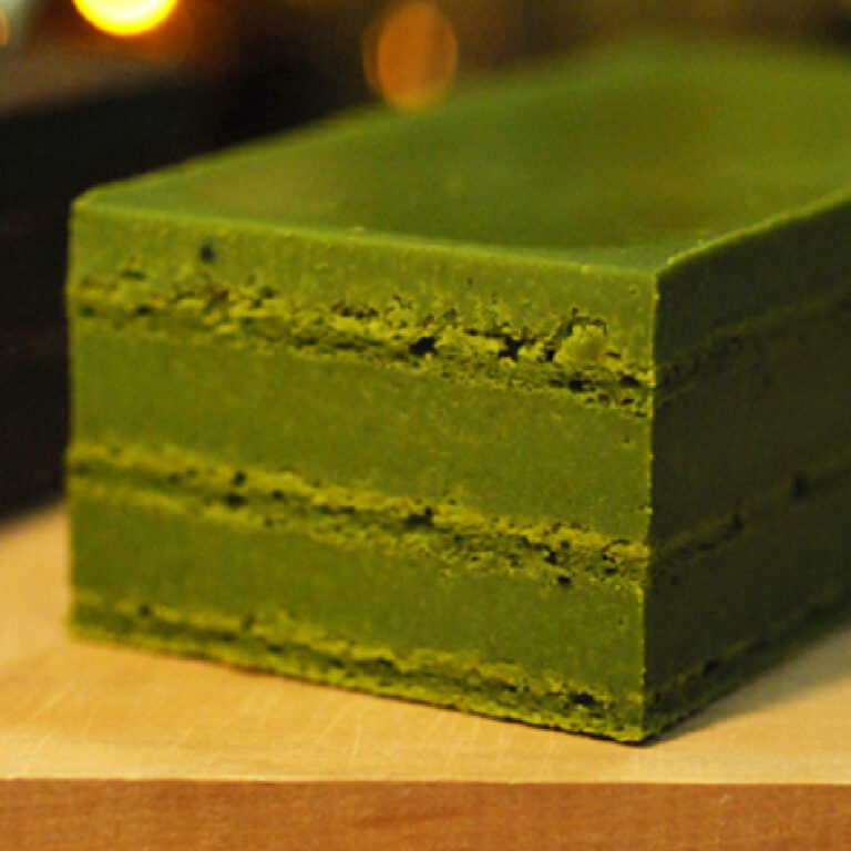 matcha-nama-chocolate-cake